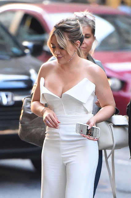 Hilary Duff Hottest Photo Gallery