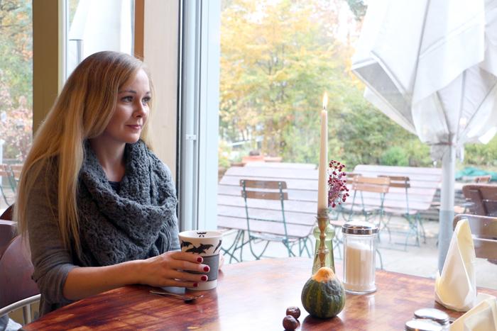 "Kaffee im Cafe statt ""to go"""
