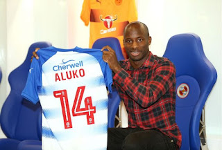 Aluko joins Reading on a 4 year contract