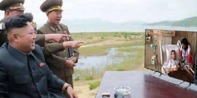 Meme Novanto; Kim Jong Un memonitor perkembangan terkini kondisi Novanto melalui layar TV