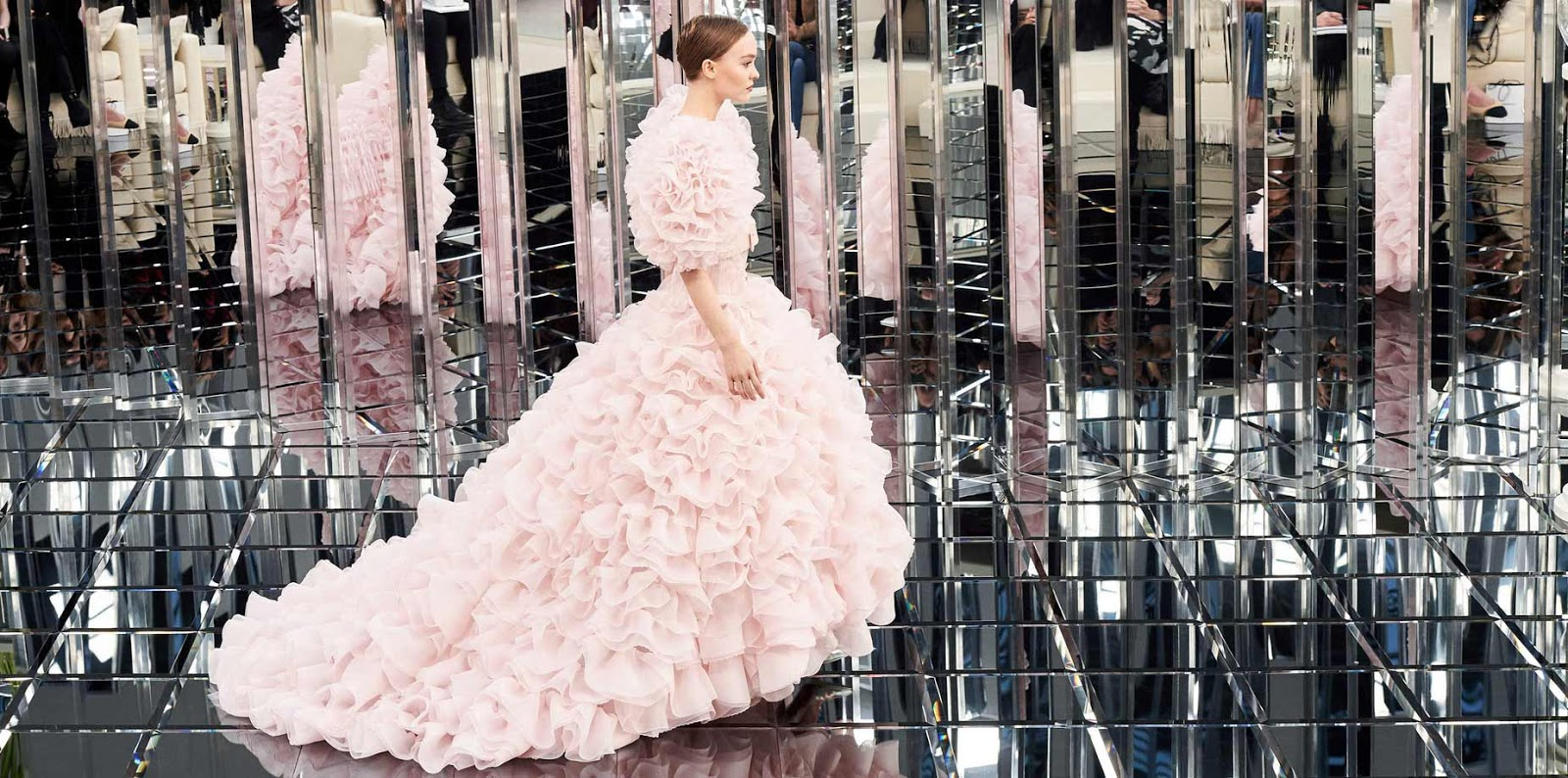 chanel-haute-couture-ss17-spring-summer-2017-model-pink-gown