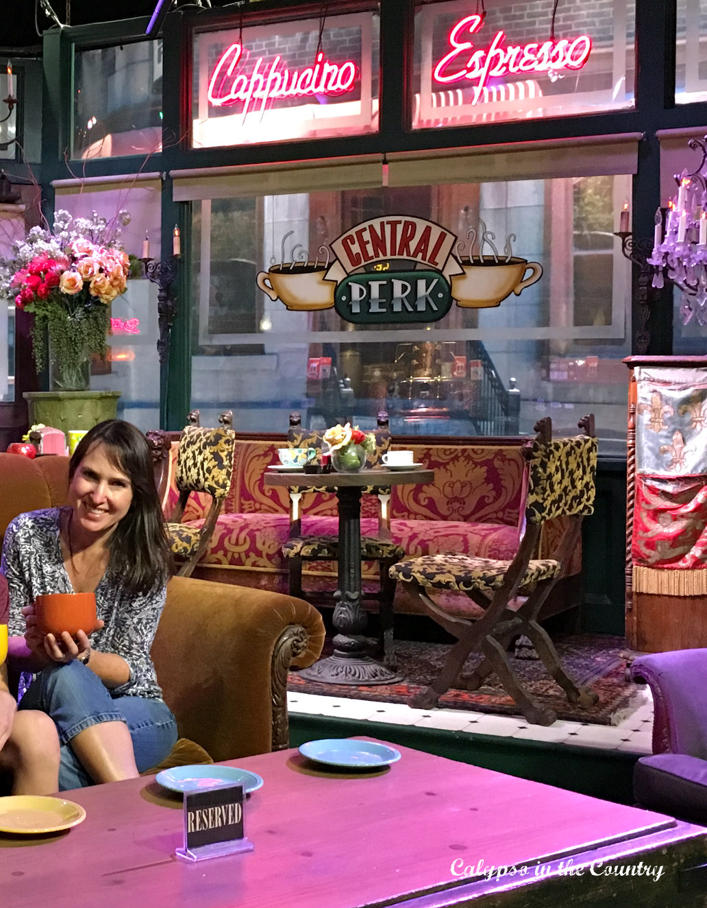 Central Perk - Friends Set - WB Studios Hollywood