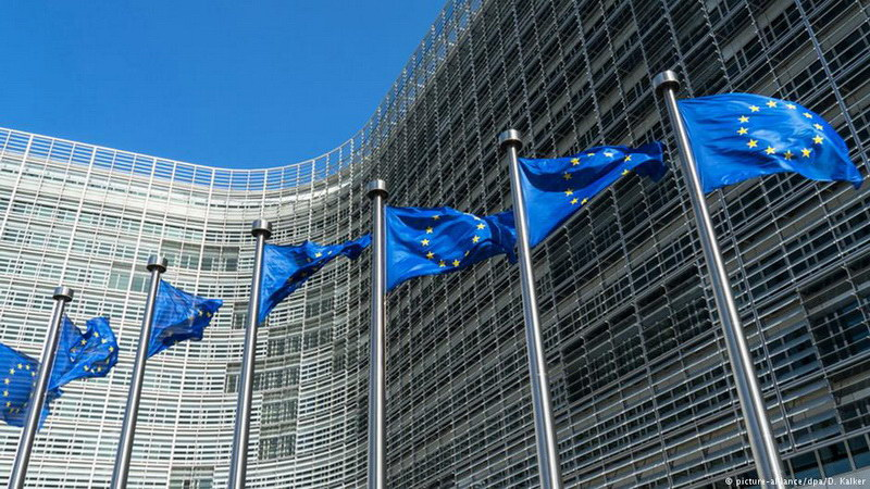 Δυσμενέστερες προβλέψεις για την ελληνική οικονομία
