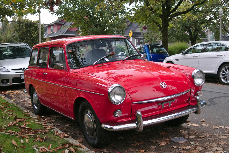 1968 Volkswagen Type 3 Squareback: Old Parked Cars Vancouver: 1968 Volkswagen Squareback