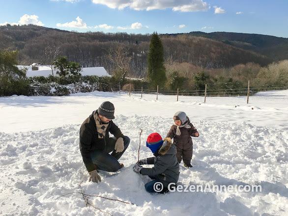 sömestirde kayak tatili veya kar tatili çok eğlenceli