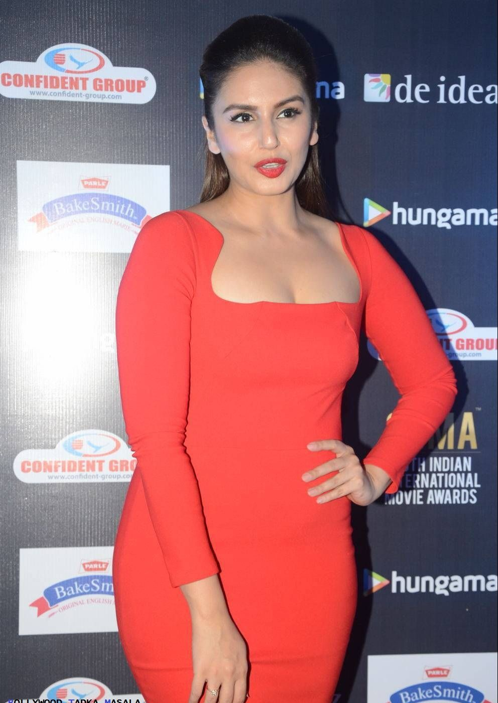 Huma Qureshi Stunning Photo Shoot For Event