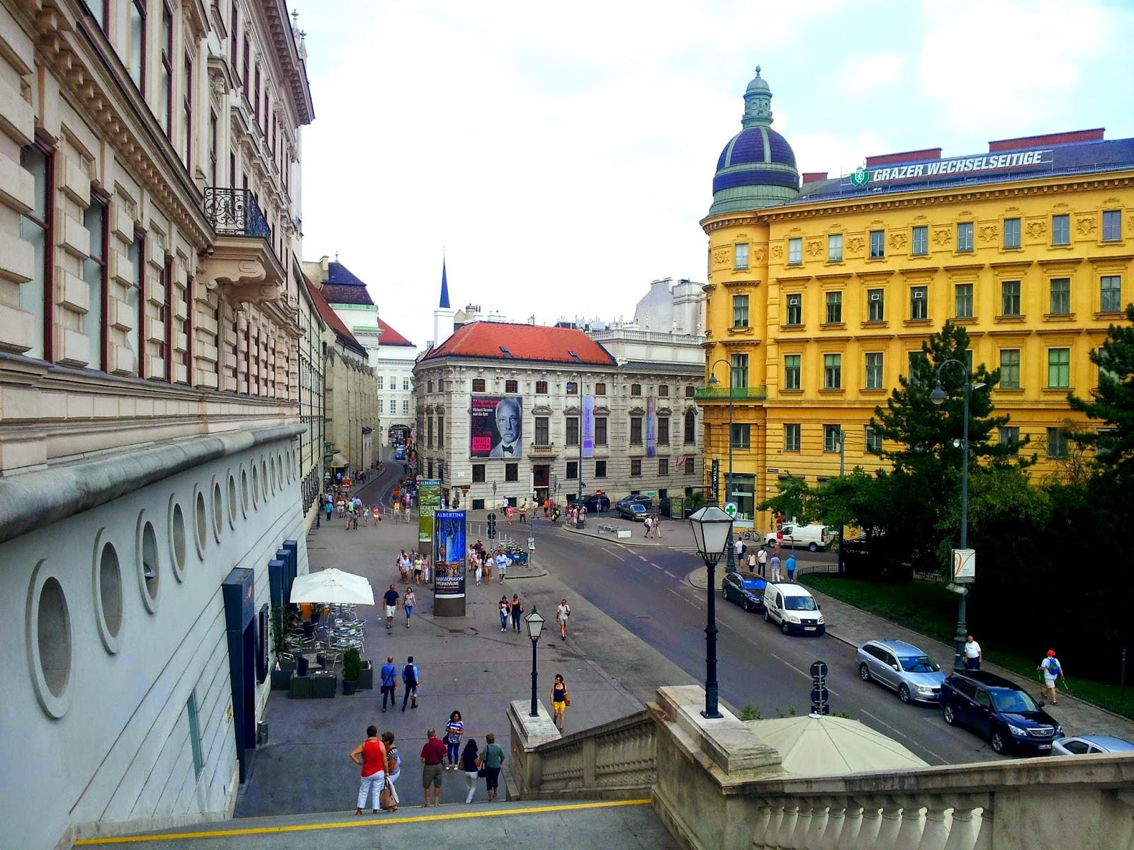 ADVENTURING IN EUROPE :: A DAY IN VIENNA