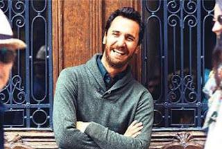 Profil Firat Celik pemeran Mustafa