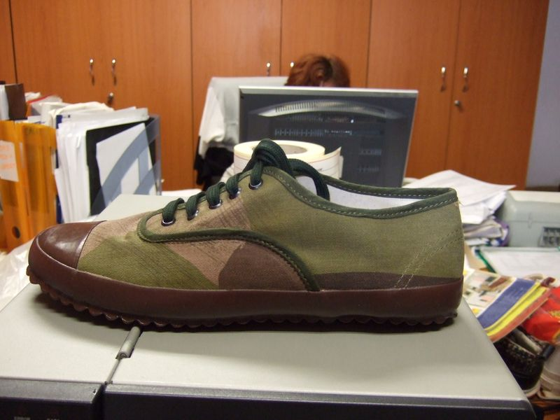 733ffb4896d0 These very simple Camo military plimsolls have just started to appear in  the Nigel Cabourn shops in Japan. I ordered a pair for me from the  production-I ...