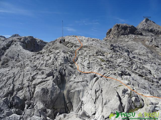 Torre Blanca: el Tesorero desde Cabaña Verónica