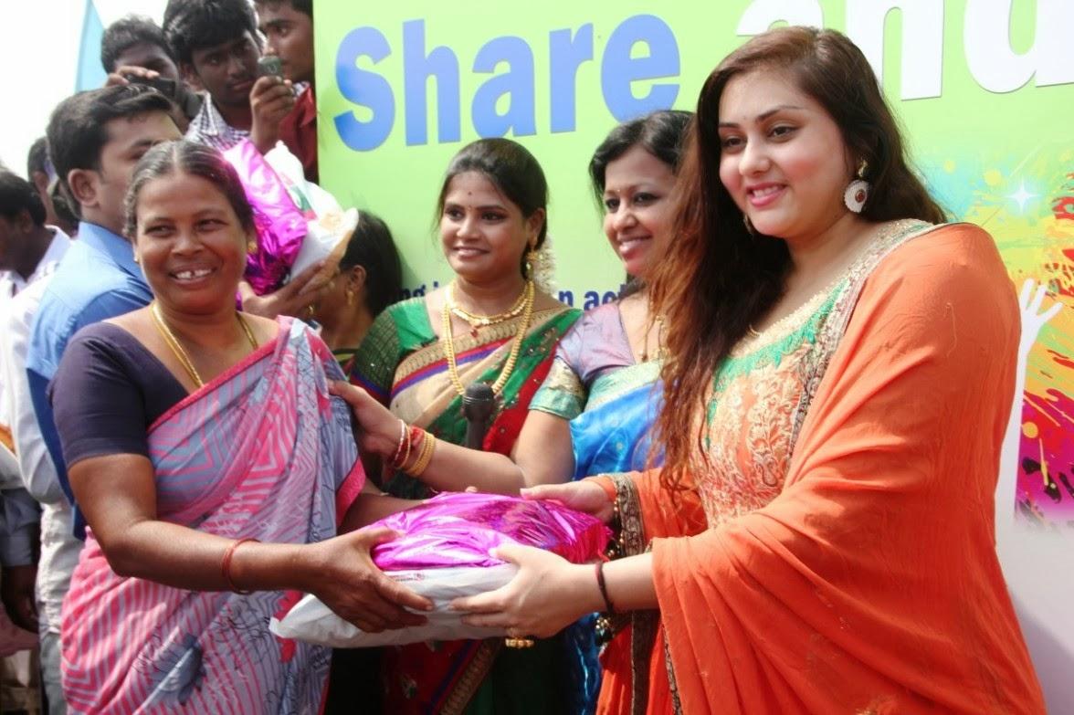 Namitha Kapoor Latest Photos Event 2014 Shiner Photos