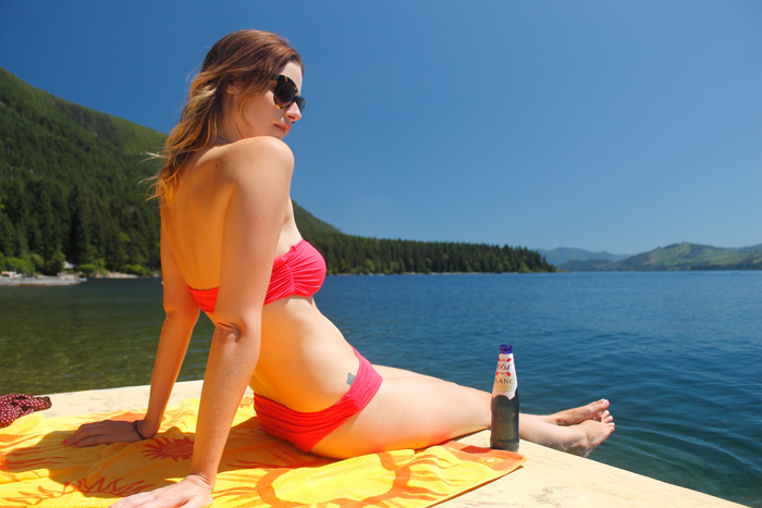 Vancouver Fashion Blogger, Alison Hutchinson, wearing Zara pink bandeau bikini and Brandy Melville Dress