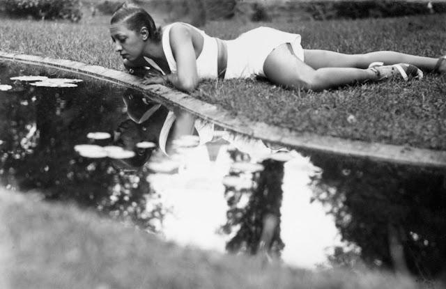 1930s Nazi Girls Porn - 1930s nazi vintage cum shot porn - Vintage la baker ernest hemingway called  her jpg 640x415