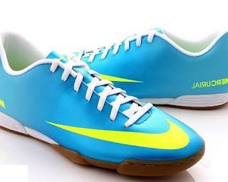 model sepatu futsal merk puma