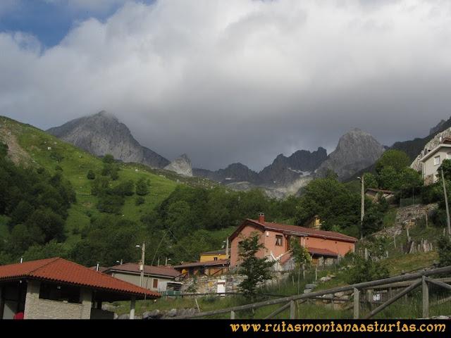 Ruta Peña Cerreos y Ubiña Pequeña: Tuiza de Arriba