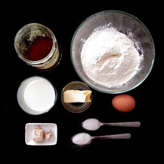Bułki na miodzie - składniki