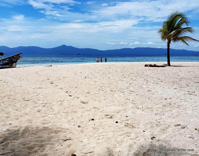 Ilha Perro de Água, no Arquipélago de San Blas, Panamá (Kuna Yala)