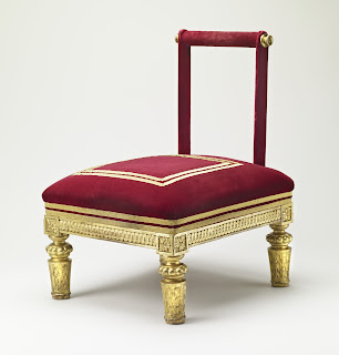 Knighting stool © Royal Collection Queen Elizabeth II 2015