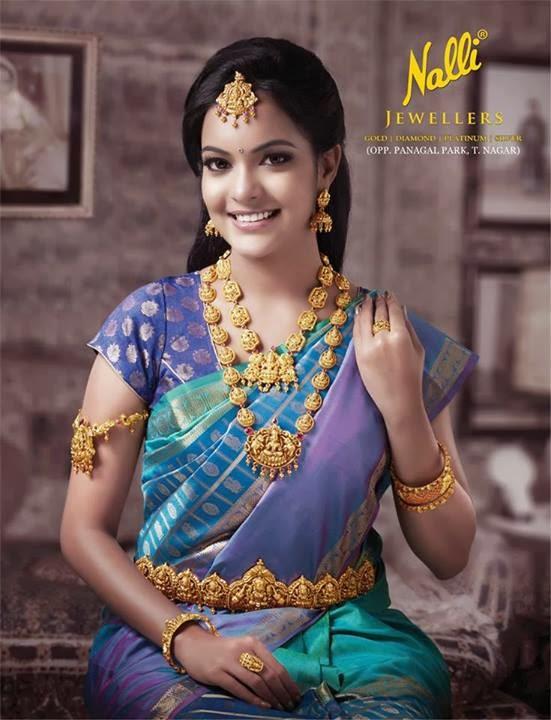 Model In Nalli Jewellers Temple Jewellery Jewellery Designs