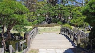 綺麗に整備された日本庭園