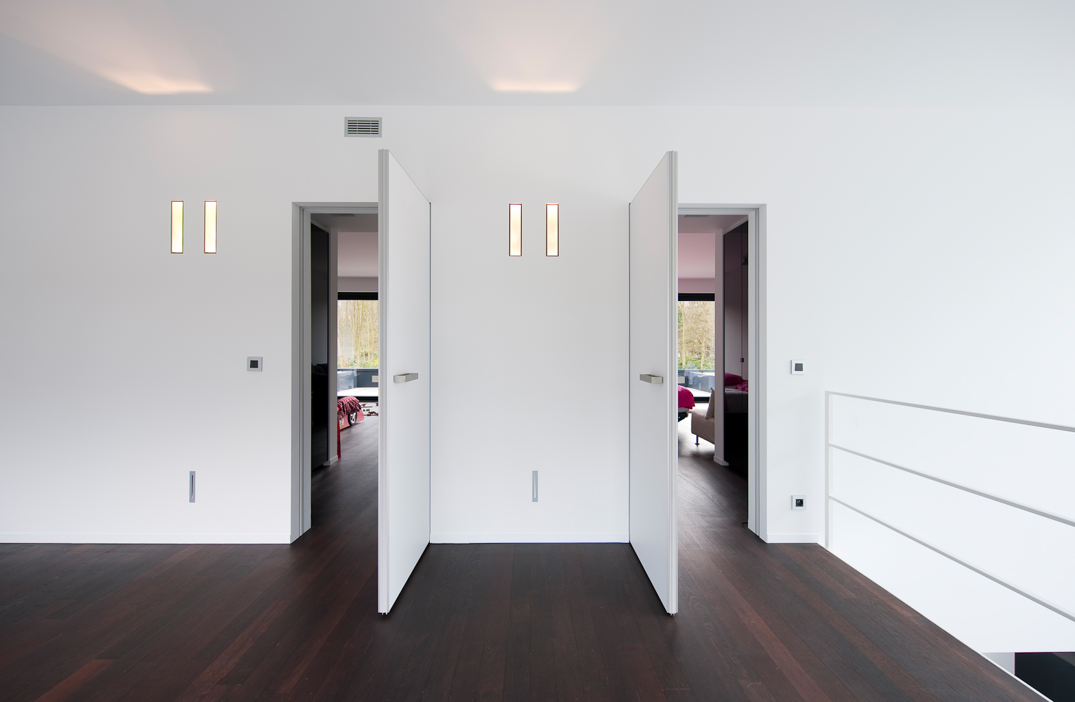 Modern Interior Doors Without A Visible Frame Anyway