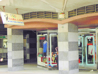 Lojas multadas por má gestão