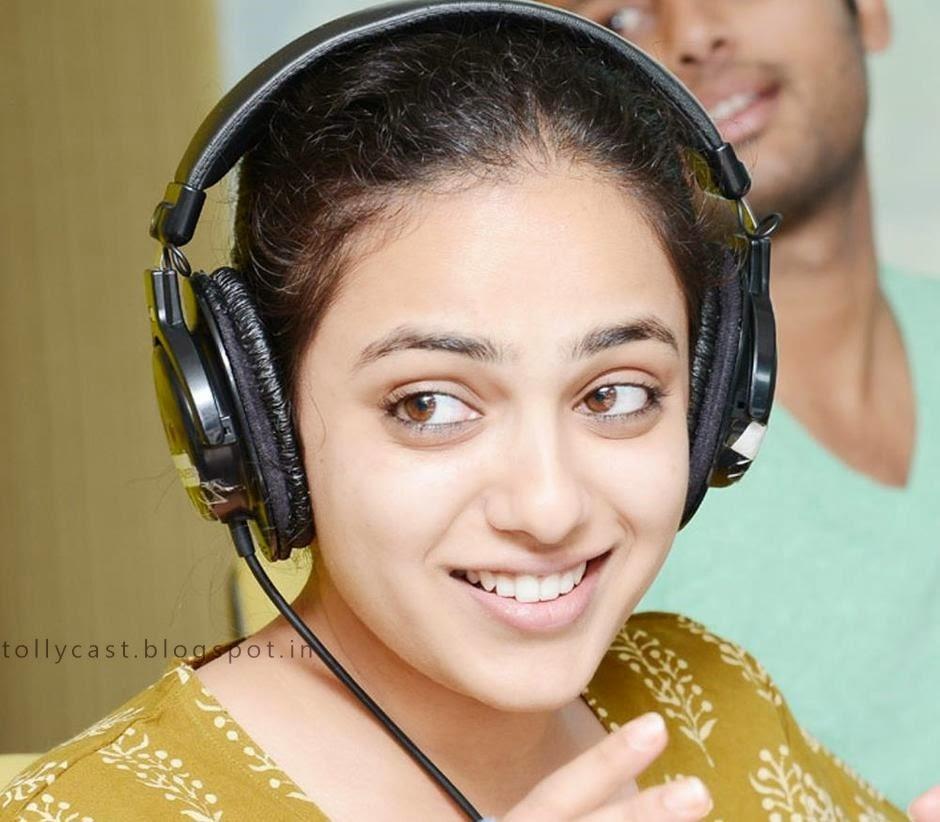 Nitya Menon Latest Photo Stills In Radio Mirchi