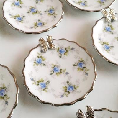 bandeja jóia do dia, porta-jóias, jóia do dia, pratinho personalizado, bandejinha personalizada, bandejinha de porcelana