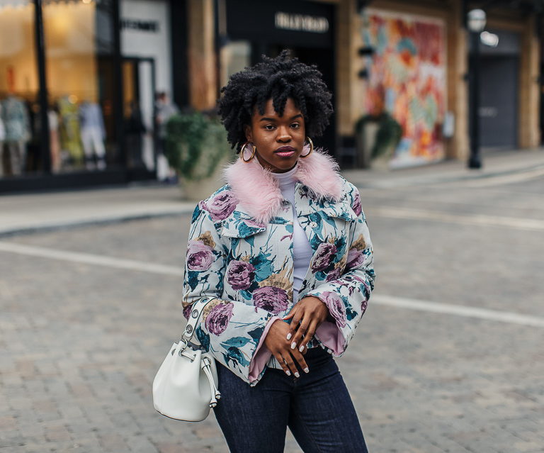 Blogger in Floral Bell Sleeve Jacket