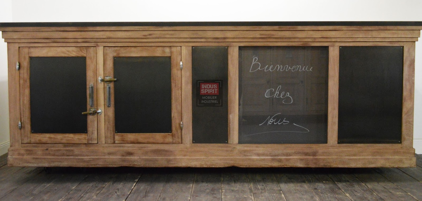 ancien comptoir de magasin. Black Bedroom Furniture Sets. Home Design Ideas