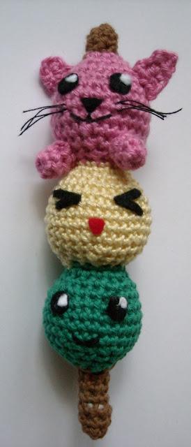 http://sunmoonamigurumi.blogspot.de/2013/06/anleitung-fur-das-kitty-dango-pattern.html
