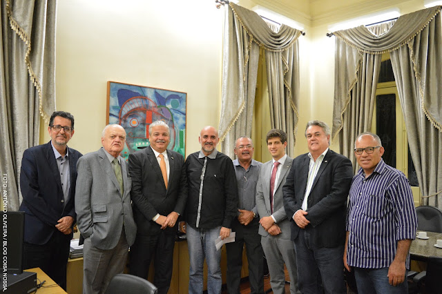 ROMARIA: Padre Pedro é recebido pelo Governo de Pernambuco