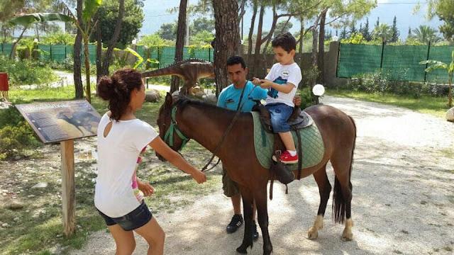جولات سياحية في انطاليا, جولة سياحية رقم 5 رحلة عائلية في كيمير انطاليا, استئجار سيارة مع سائق في انطاليا,