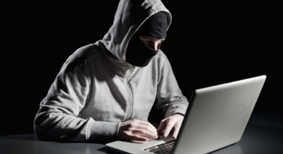 Hackers contra los racistas
