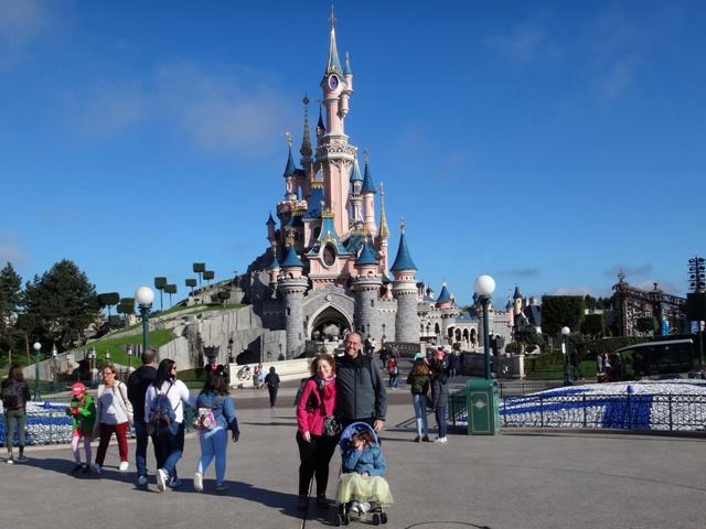 Felices en Disneyland París