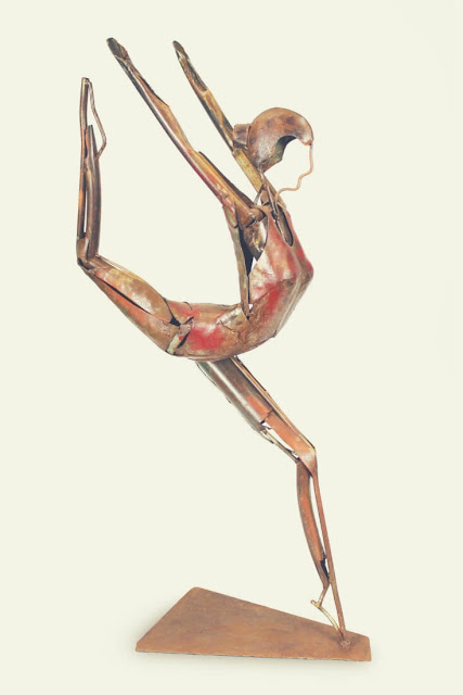 Christmas Gift Ideas For Your Mother In Law | This dancer sculpture would be the perfect, and different, addition to your mother-in-law's lounge.