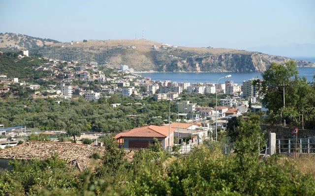 Οι χάρτες της αλβανικής απόφασης που δεσμεύει τις περιουσίες Ελλήνων της Χειμάρρας