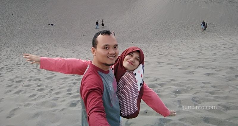 gambar keindahan gumuk pasir yogyakarta