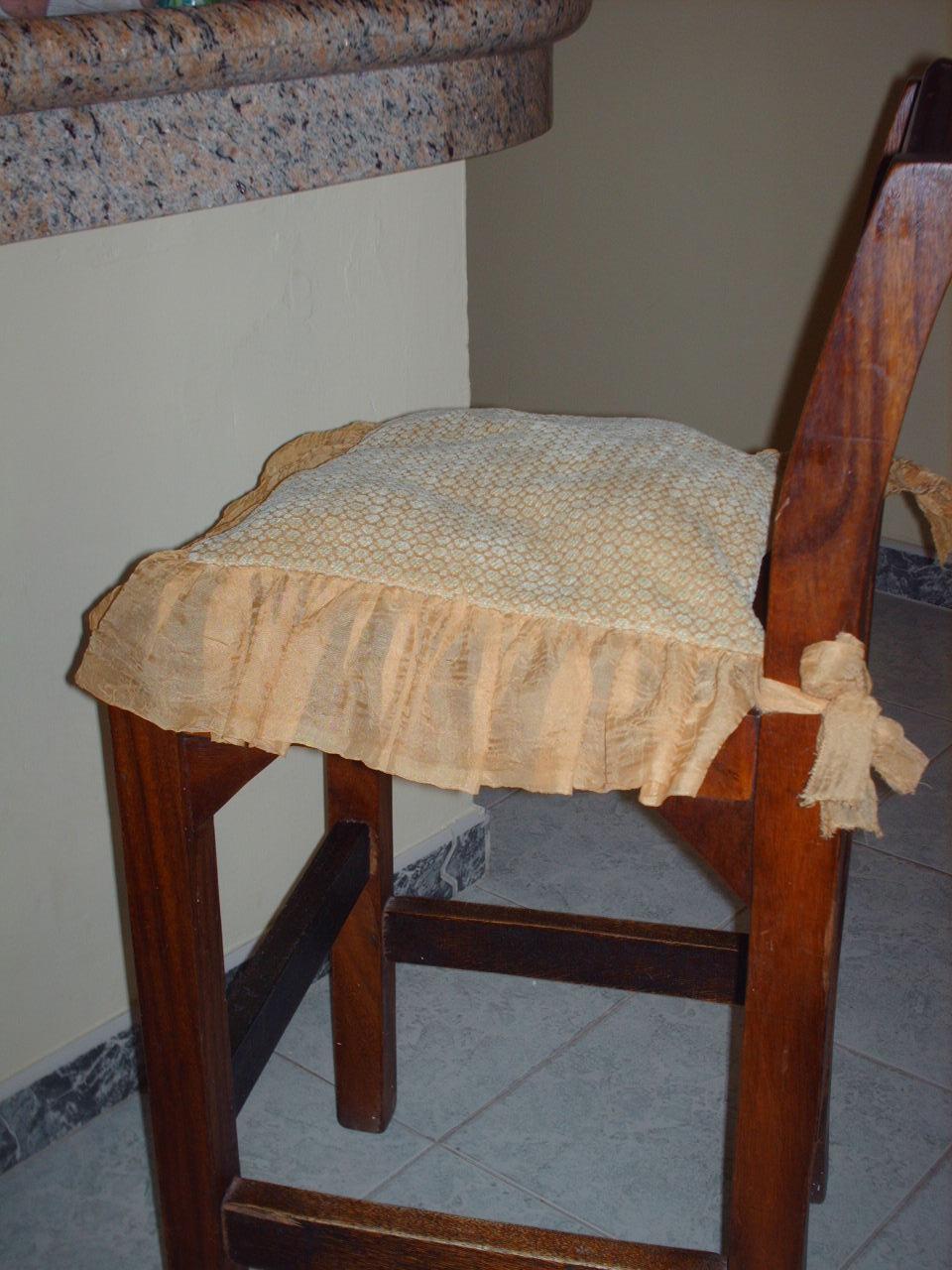 muestra de asientos o cojines para sillas de mi hogar