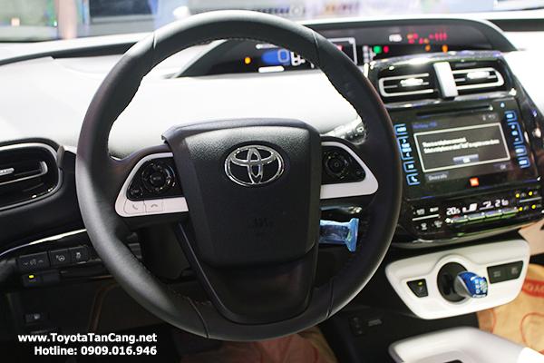 Nội thất xe cũng được thiết kế rất cá tính với nhiều trang thiết bị hiện đại