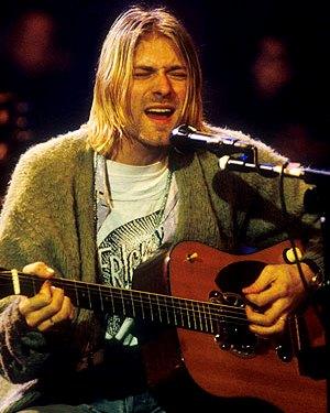 Foto de Kurt Cobain cantando en concierto