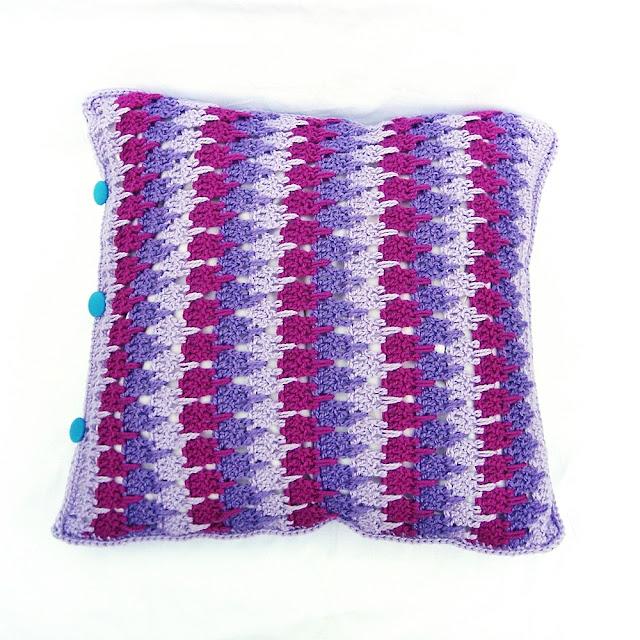 poszewka na poduszkę na szydełku