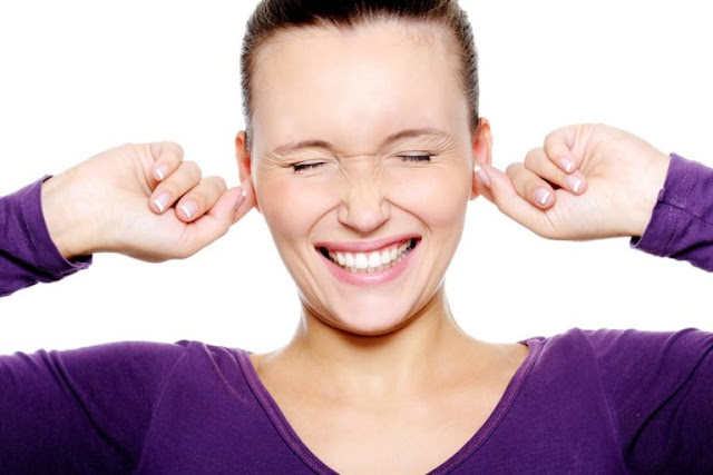 Does The Inside Of Your Ear Itch? Here's What It Means And How To Treat It