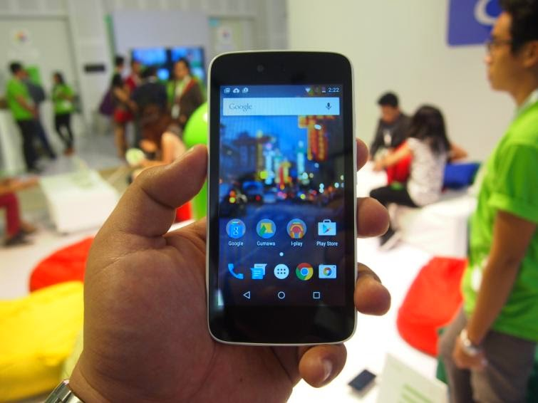 MyPhone Uno Hands-On, Google's Android One Within