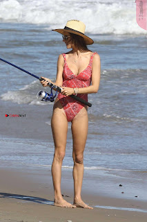 %5BSummer+May+2017+Bikini%5D+Alessandra+Ambrosio+in+Swimsuit+Ass+Cute+Boobs+WOW+Lovely+Naughty+Babe+%7E+SexyCelebs+Exclusive+017.jpg