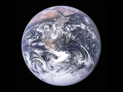 Whole Earth (© www.nasa.gov)