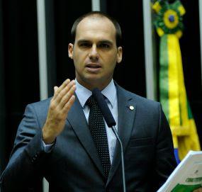 Eduardo Bolsonaro defende que país precisa retomar valores cristãos