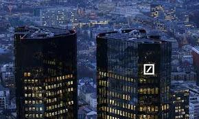 h-toksikh-apeilh-poy-kruvetai-pisw-apo-thn-deutsche-bank