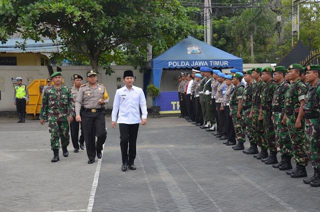 Pastikan Kesiapan Pengamanan Idul Fitri, Plt Bupati Trenggalek Pimpin Apel Gelar Pasukan Ops Ketupat 2018