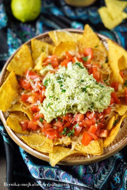 nachos, nachos grande, przekaska, sylwester, chipsy, karnawal, bernika, guacamole, kulinarny pamietnik